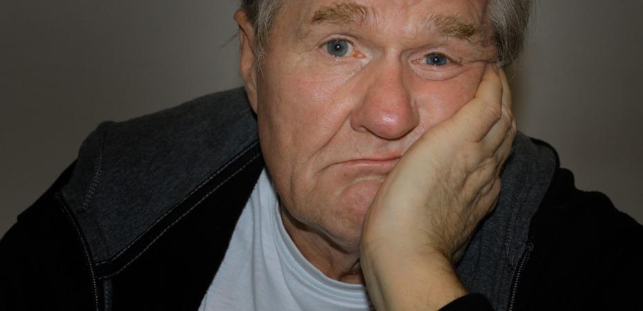 man, despondent, old, age, retirement, life
